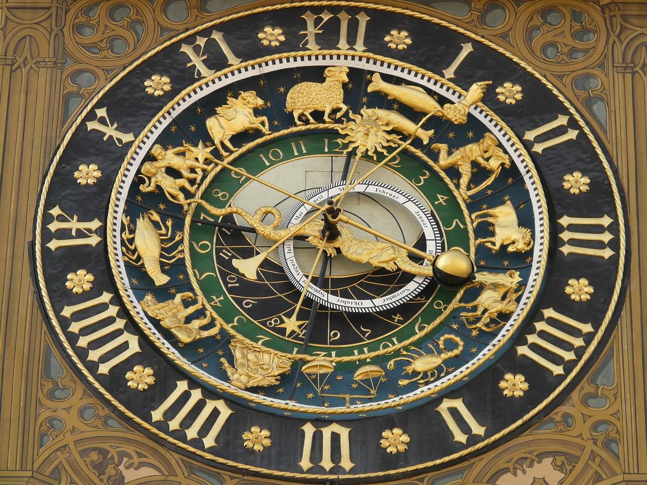 astronomical-clock-5706_1280